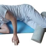 Pozycja ułożeniowa w zespołach bólowych st. biodorowego i kręgosłupa lędżwiowego - przykład.